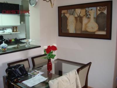 Apartamento / de 3 dormitórios em Jardim Pacaembu, Jundiai - SP