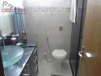 Apartamento / de 4 dormitórios à venda em Centro, Jundiai - SP