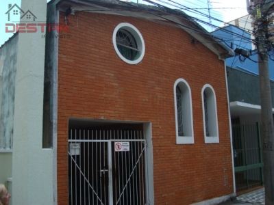 Casa / de 3 dormitórios em Centro, Jundiai - SP