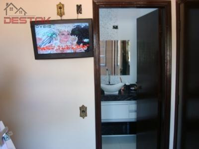 Casa / de 3 dormitórios à venda em Jardim Planalto, Jundiai - SP