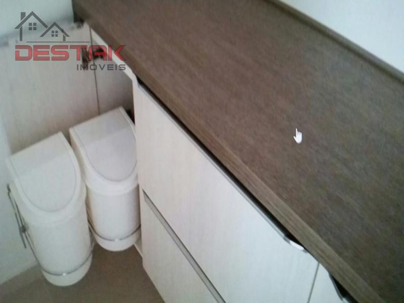 Apartamento / de 3 dormitórios à venda em Jardim São Bento, Jundiai - SP