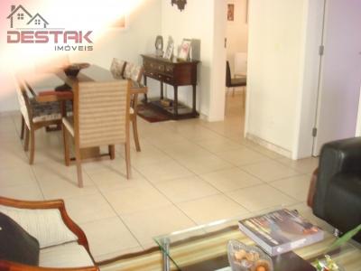 Apartamento / de 3 dormitórios em Jardim Ana Maria, Jundiai - SP