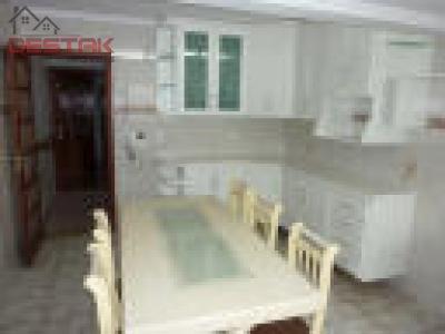 Casa / de 3 dormitórios à venda em Colônia, Jundiai - SP
