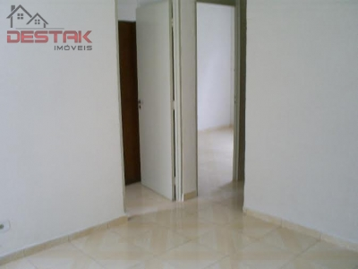 Apartamento / de 1 dormitório em Jardim Ana Maria, Jundiai - SP