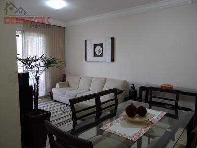 Apartamento / de 3 dormitórios à venda em Jardim Tamoio, Jundiai - SP