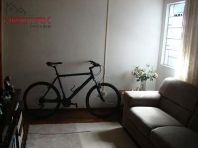 Casa / de 2 dormitórios à venda em Vl Vianelo, Jundiai - SP