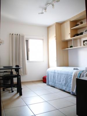 Apartamento / de 3 dormitórios à venda em Vl Rami, Jundiai - SP