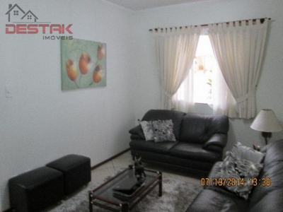 Casa / de 3 dormitórios em Eloy Chaves Ii, Jundiai - SP