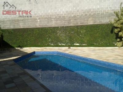 Casa / de 3 dormitórios à venda em Caxambu, Jundiaí - SP