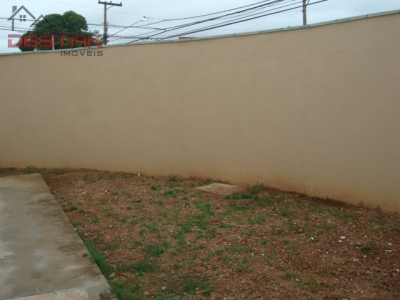 Casa / de 3 dormitórios em Pq Cidade Jardim, Jundiai - SP