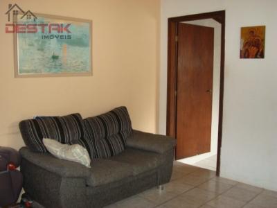 Casa / de 2 dormitórios à venda em Quinta Das Videiras, Jundiaí - SP
