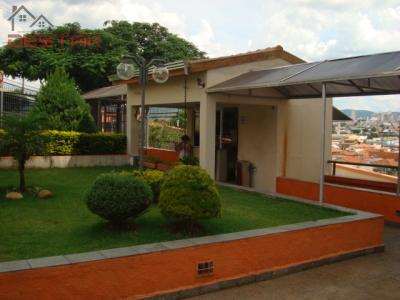 Apartamento / de 3 dormitórios à venda em Vila Aparecida, Jundiai - SP