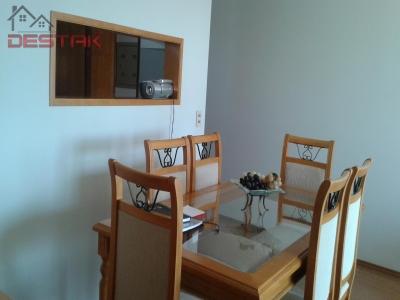 Apartamento / de 3 dormitórios à venda em Vl Vianelo, Jundiai - SP