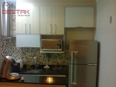 Apartamento / de 2 dormitórios em Jardim Messina, Jundiai - SP