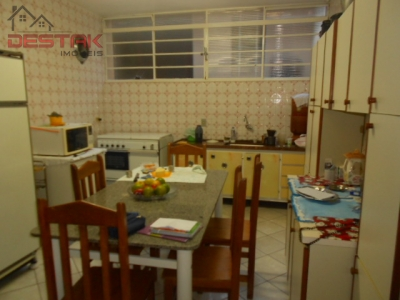 Casa / de 3 dormitórios à venda em Jardim Florestal, Jundiaí - SP