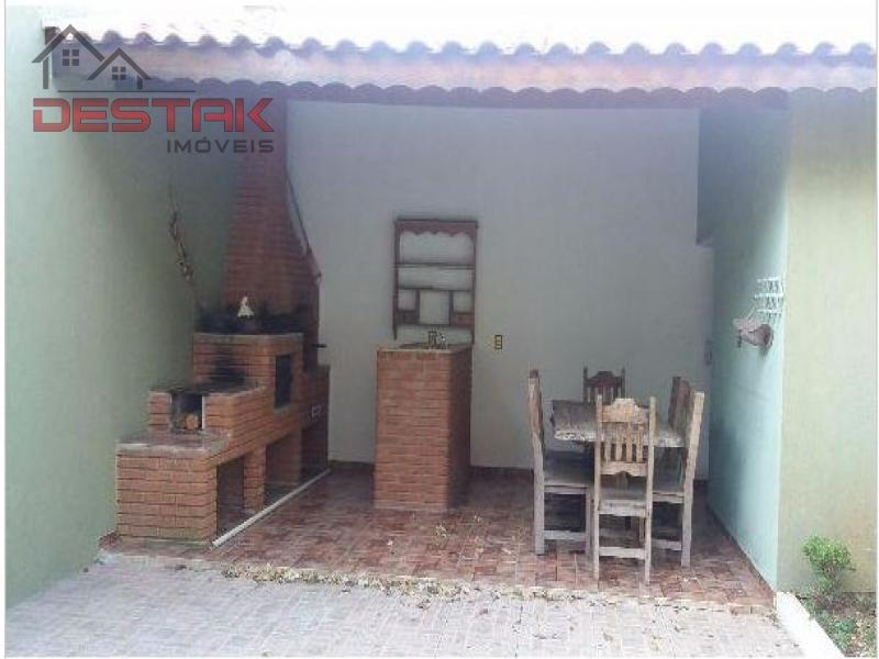 Casa / de 4 dormitórios à venda em Jardim Torres São José, Jundiai - SP