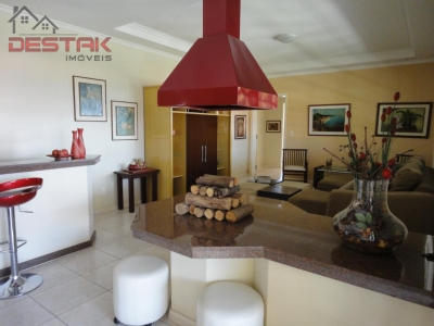 Casa / de 4 dormitórios à venda em Jd Santa Gertrudes, Jundiai - SP