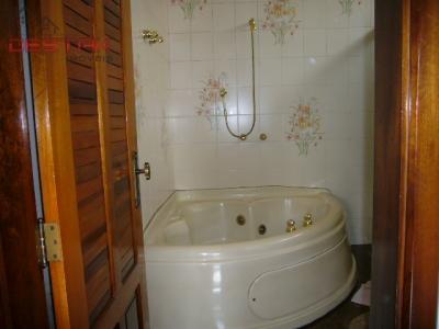 Casa / de 3 dormitórios à venda em Vl Jundiainópolis, Jundiai - SP