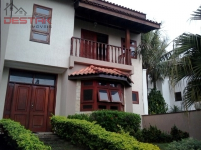 Casa / de 4 dormitórios em Quinta Da Boa Vista, Jundiai - SP