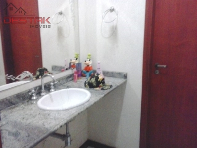 Casa / de 4 dormitórios à venda em Quinta Da Boa Vista, Jundiai - SP