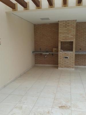Apartamento / de 2 dormitórios à venda em Jardim Colônia, Jundiai - SP