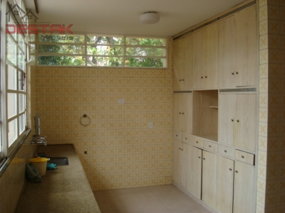 Casa / de 3 dormitórios em Vila Vianelo, Jundiai - SP
