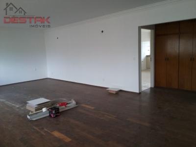 Apartamento / de 3 dormitórios em Parque Do Colégio, Jundiai - SP