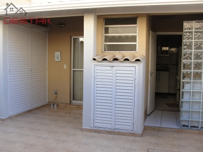 Casa / de 3 dormitórios em Vila Mafalda, Jundiai - SP