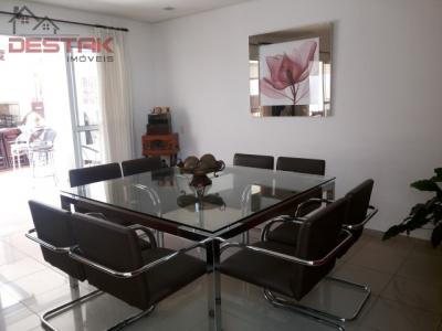 Casa / de 3 dormitórios à venda em Jardim Santa Teresa, Jundiai - SP