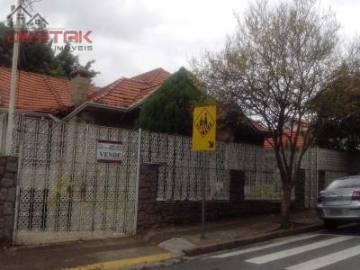 Casa / de 3 dormitórios à venda em Anhangabaú, Jundiai - SP