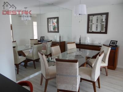 Apartamento / de 2 dormitórios à venda em Eloy Chaves, Jundiaí - SP