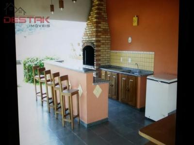 Apartamento / de 3 dormitórios em Vila Rami, Jundiai - SP