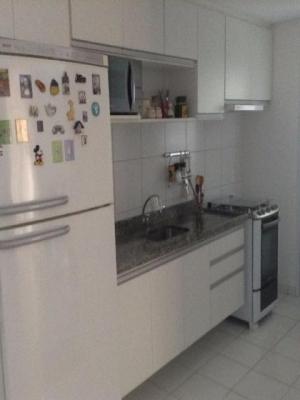 Apartamento / de 2 dormitórios em Eloy Chaves, Jundiai - SP