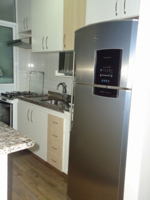 Apartamento / de 2 dormitórios em Vl Das Hortências, Jundiai - SP