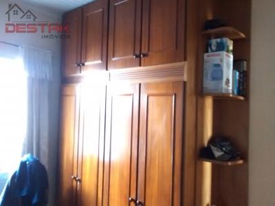 Casa / de 2 dormitórios à venda em Vila Helena, Jundiai - SP