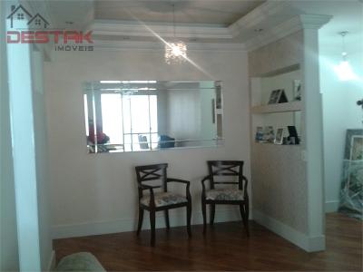 Apartamento / de 2 dormitórios à venda em Vila Arens, Jundiai - SP