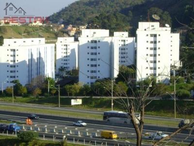 Apartamento / de 2 dormitórios à venda em Vila Nova Jundiainópolis, Jundiai - SP