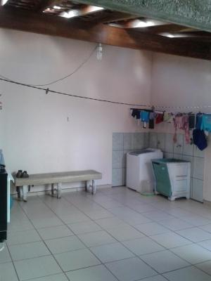 Casa / de 3 dormitórios à venda em Jardim Das Tulipas, Jundiai - SP