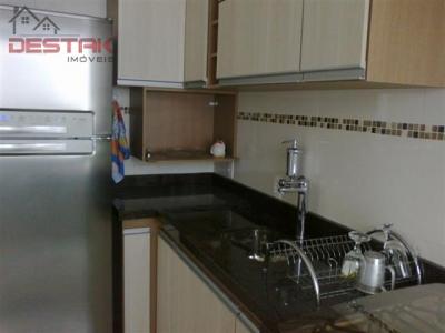 Apartamento / de 2 dormitórios à venda em Jardim Messina, Jundiai - SP