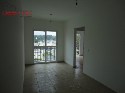 Apartamento / de 2 dormitórios à venda em Colonia, Jundiai - SP