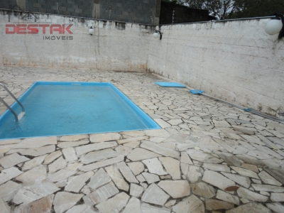 Apartamento / de 2 dormitórios à venda em Jardim Rosaura, Jundiai - SP