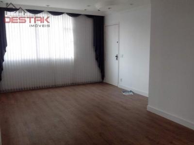 Apartamento / de 3 dormitórios à venda em Vila Viotto, Jundiai - SP