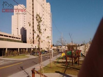Apartamento / de 2 dormitórios em Vila Nambi, Jundiai - SP