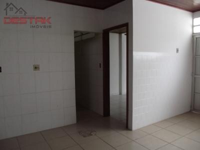 Casa / de 3 dormitórios em Vila Das Hortências, Jundiai - SP