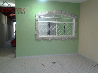 Casa / de 2 dormitórios em Jd Das Tulipas, Jundiai - SP
