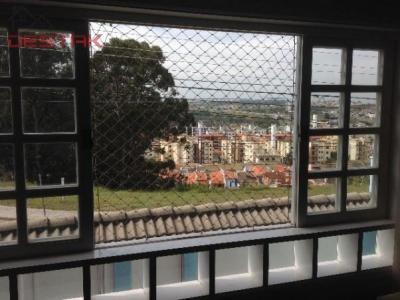 Casa / de 3 dormitórios em Parque Da Represa, Jundiai - SP