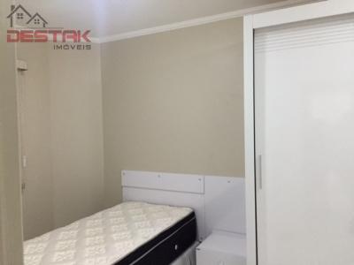 Apartamento / de 2 dormitórios em Medeiros, Jundiai - SP