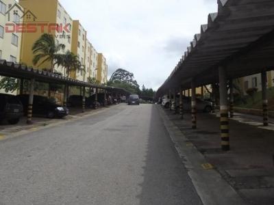 Apartamento / de 3 dormitórios à venda em Residencial Terra Da Uva, Jundiai - SP