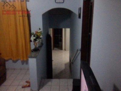 Casa / de 3 dormitórios em Jd Santa Gertrudes, Jundiai - SP