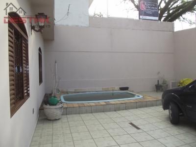 Casa / de 3 dormitórios à venda em Jd Messina, Jundiai - SP